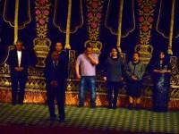 Юнус Ражабий номли драмма ва мусикалий театрда учрашув (8)