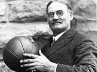 15 января 1892 года — создатель баскетбола Джеймс Нейсмит впервые опубликовал правила баскетбола в школьной газете Triangle