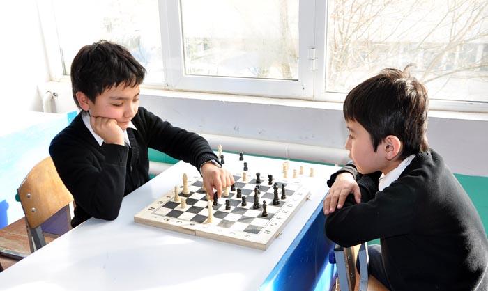Мактаб-интернатида шахмат мусобақалари